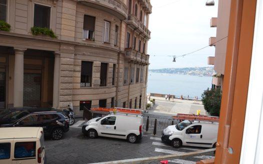 Appartamento arredato Napoli Chiaia uso transitorio