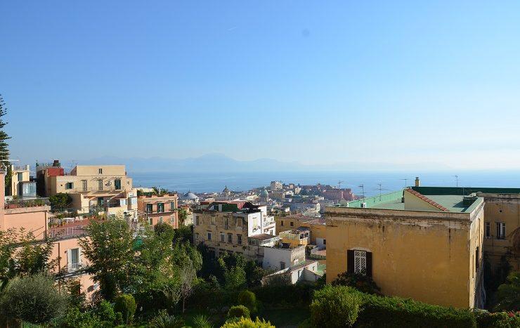 Vendesi appartamento Napoli Vomero via palizzi con posto auto