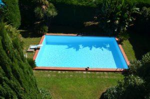 Vendesi villa con piscina Napoli Licola