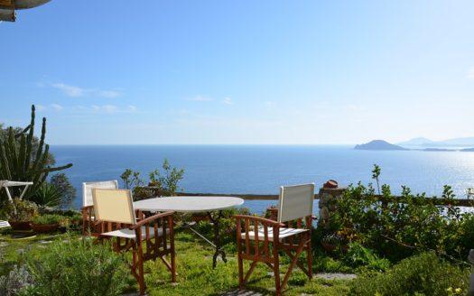 Pozzuoli villa tre livelli panoramica vendesi appartamenti Napoli