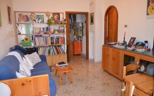Vendesi appartamento Napoli Camaldoli buone condizioni