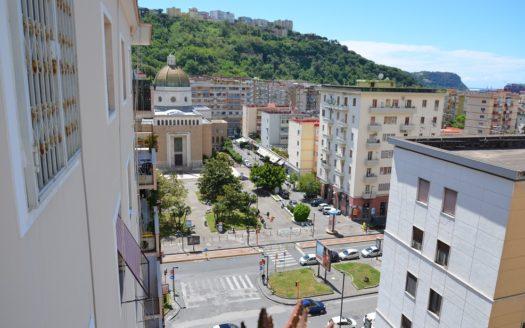 Vendesi appartamento Napoli Viale augusto Fuorigrotta 6 vani doppi accessori