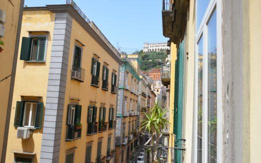 Affittasi ufficio Napoli Centro storico 5 vani 2 bagni
