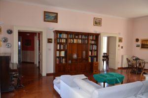 Affittasi Prestigioso appartamento Napoli Centro Storico 210mq