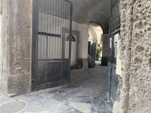 Vendesi deposito Napoli Corso san Giovanni a Teduccio