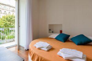 Vendesi Napoli appartamento Centro antico 3 vani 2 bagni