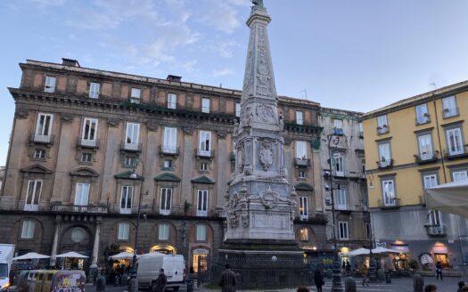 affittasi arredato uso transitorio bilocale Napoli centro Storico