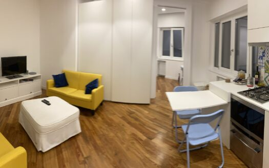 Affittasi appartamento Napoli Chia via Via Crispi arredato